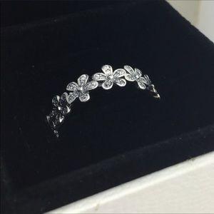 Original pandora daisy ring size 7